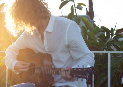 """""""Rooftops""""- Breedlove Guitars"""